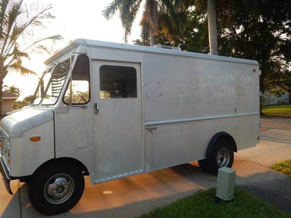 amerikanischer Step Van